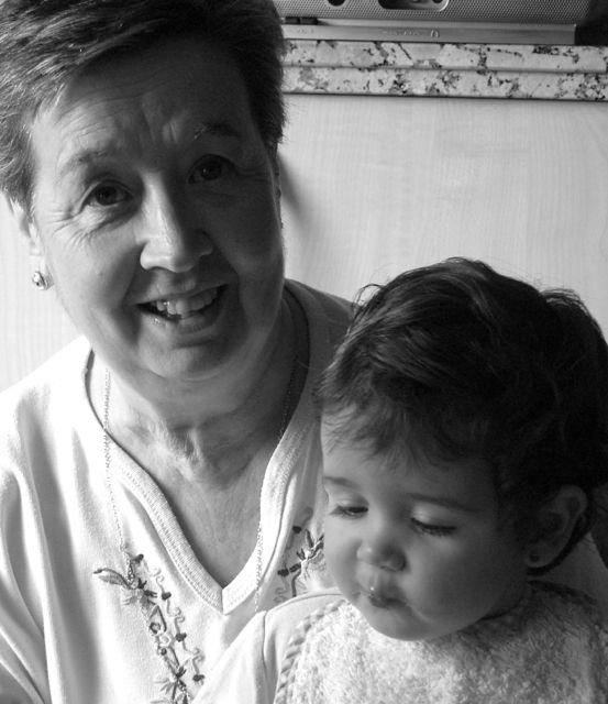 abuela_con_estela